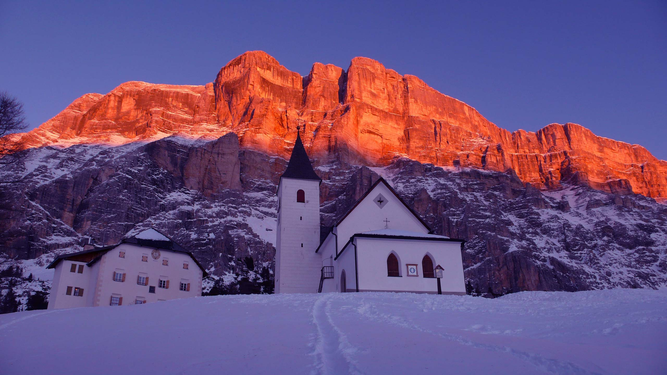 Alta-Badia_Chiesetta-S.-Croce---Hl